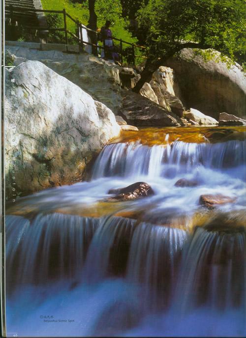 壁纸 风景 旅游 瀑布 山水 桌面 500_688 竖版 竖屏 手机